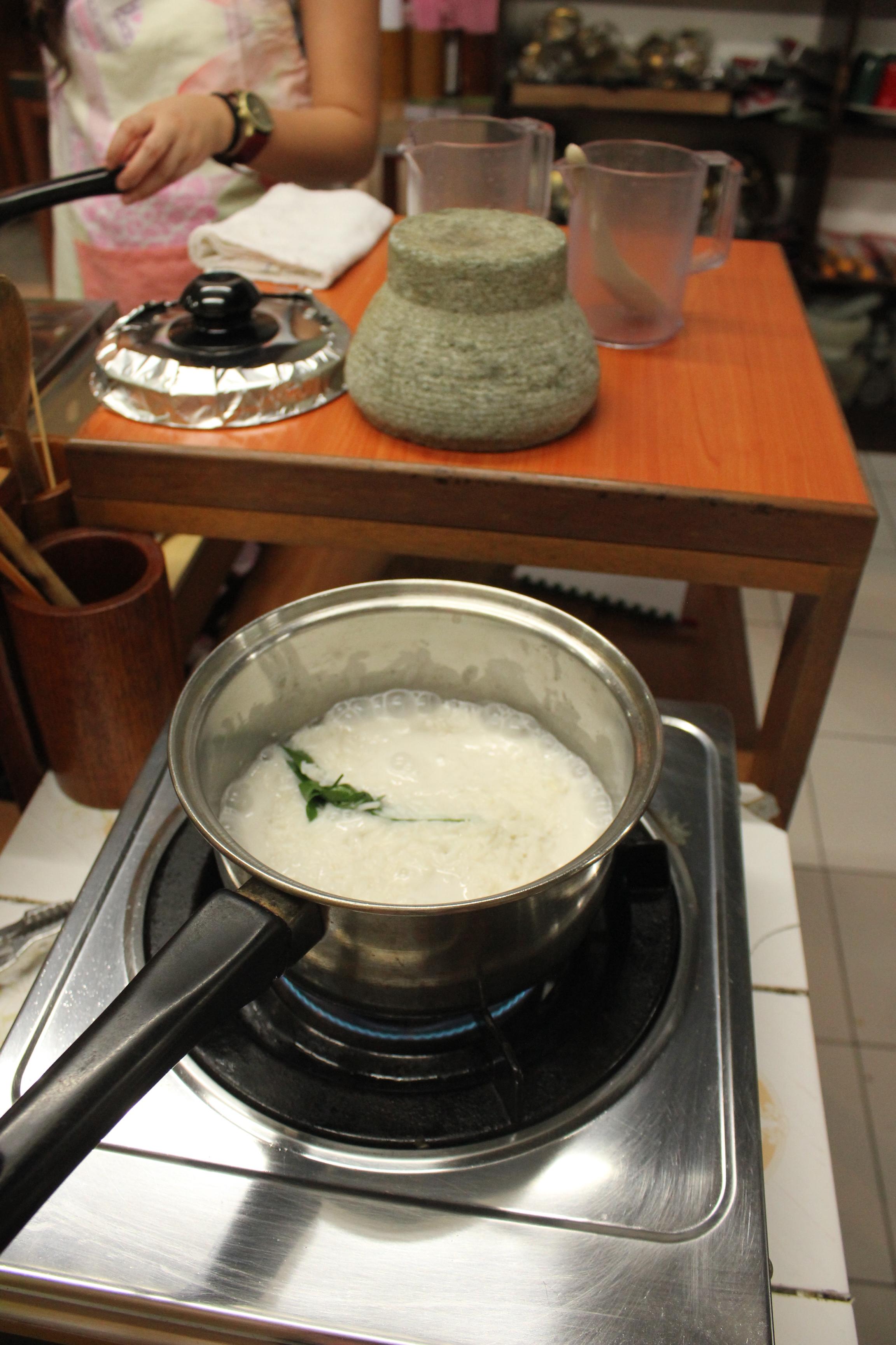 Before caramelizing Nasi Lemak